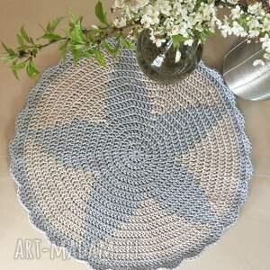 ciekawe dywan okrągły gwiazda z falbanką