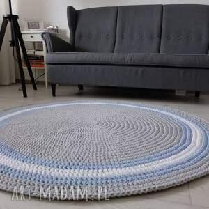- dywan okrągły ze sznurka