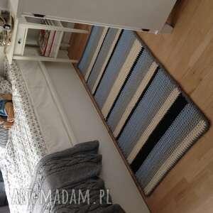 szare dywany rug podłużny pasiak 155cm x