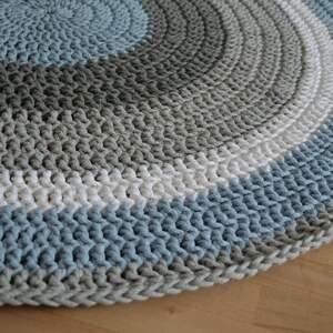 crochet ręcznie robiony okrągły dywan