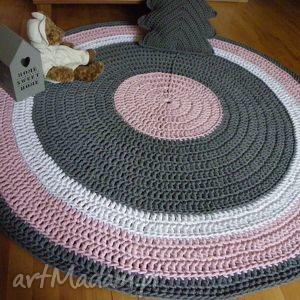 dywan ze sznurka ręcznie robiony okrągły ze