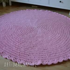 dywan ręcznie robiony szydełkowy