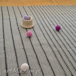 hand-made dywany minimalizm szare paski