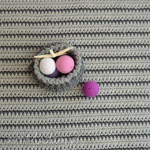 dywany minimalizm szare paski