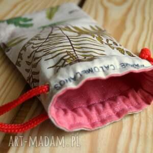 czerwone etui kwiatowy motyw / bawełniany woreczek