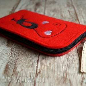 handmade etui filcowe na telefon - czarny
