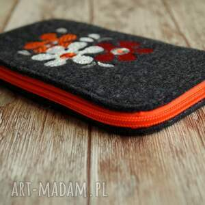 etui: Filcowe na telefon - retro kwiatki - Handmade smartfon