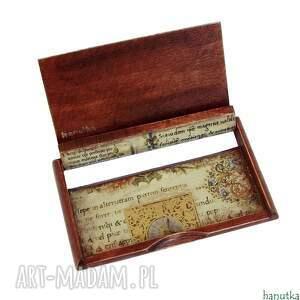 brązowe etui wizytownik manuskrypt