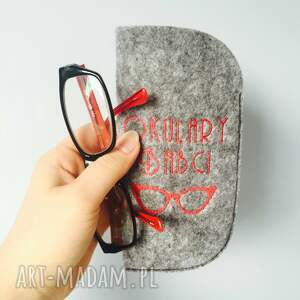 szare etui babcia na okulary babci