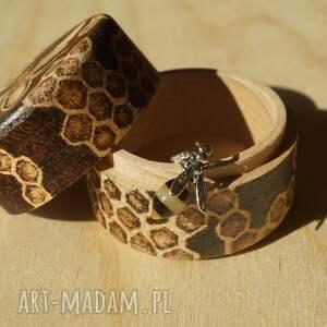 drewno etui pszczeli skarbczyk - puzderko
