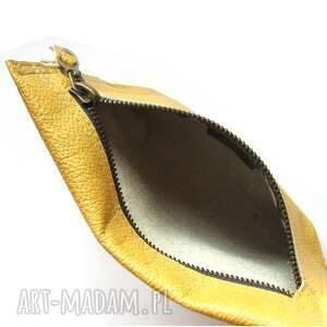 modne etui skórzane złote