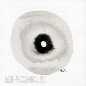 minimalizm szare malowane ręcznie tuszem na naturalnie białym