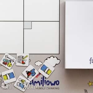 prezezent kalendarze planer miesięczny na ścianę lub