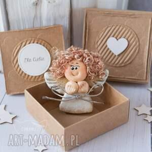 intrygujące kartki anioł aniołek stróż z kartką w mini