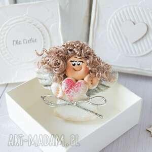 ciekawe anioł aniołek stróż z kartką w mini