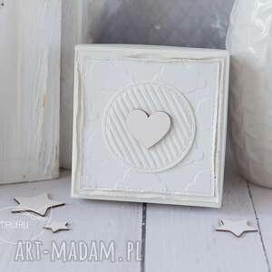 beżowe kartki pamiątka chrztu aniołek stróż z kartką w mini