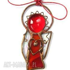 pomysł na święta upominki aniołek kartka na życzenia z czerwonym