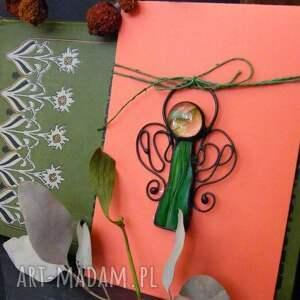 ręcznie robione kartki kartka z-aniołkiem na życzenia z zielonym