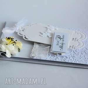 białe kartki kartka - sto lat młodej parze
