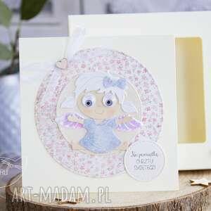 awangardowe kartki kartka z aniołkiem w pudełeczku