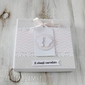 różowe kartki kartka z okazji narodzin lub chrztu