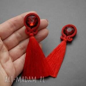 frapujące sznurek czerwone klipsy sutasz z chwostami