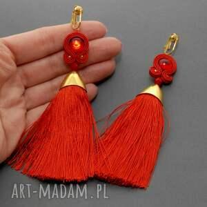 awangardowe klipsy sznurek czerwone sutasz
