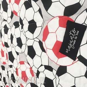 intrygujące koce i narzuty w piłki narzuta football 155x205cm