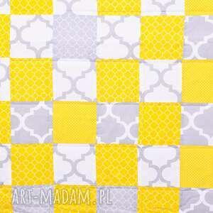 awangardowe koce i narzuty patchwork narzuta yellow and grey 117x217cm