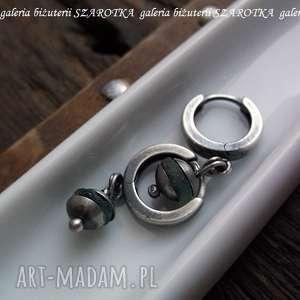 nietuzinkowe kolczyki szkło antyczne drobinki ze szkła