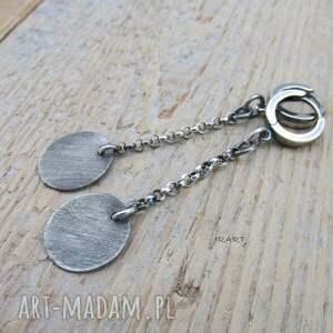 urokliwe srebro blaszki na łańcuszkach
