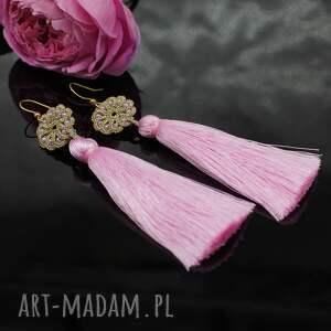 frywolitka długie kolczyki z różowymi