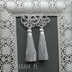 chwosty długie srebrne kolczyki