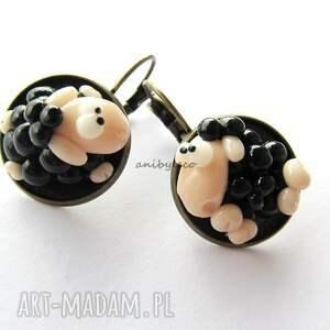 niepowtarzalne kolczyki dwie dziwne owce