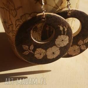 ręcznie zrobione kolczyki retro dzikiej róży wspomnienie
