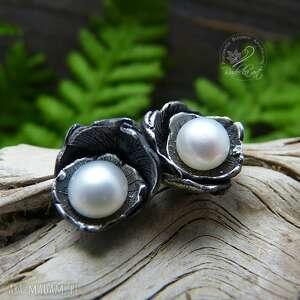 niekonwencjonalne kolczyki dzwoneczki white - srebro
