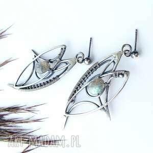 ciekawe kolczyki baśniowe fairy - z labradorytem