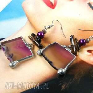 frapujące kolczyki fioletowe z agatem