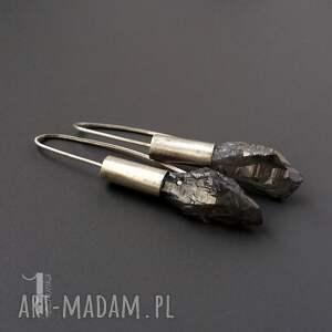 kolczyki długie flare srebrne z kwarcem