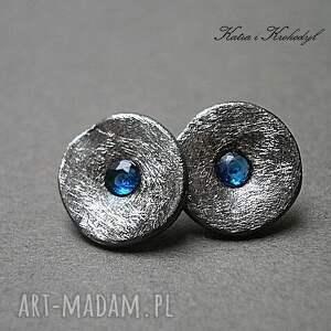 niebieskie kolczyki cyrkonie kapsle blue