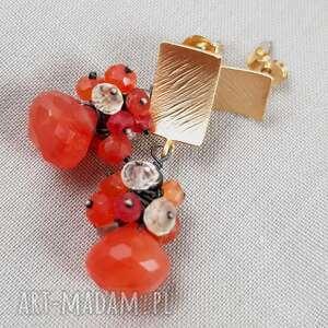 eleganckie kolczyki kobiece karneol i kwarc w złocie