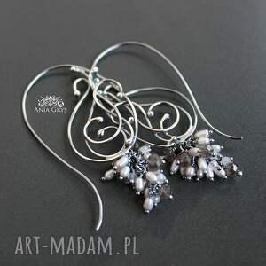 szare kolczyki koronka z perłami i morganitem