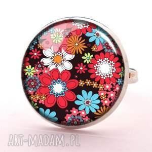 kwiatuszki kolczyki - wkrętki
