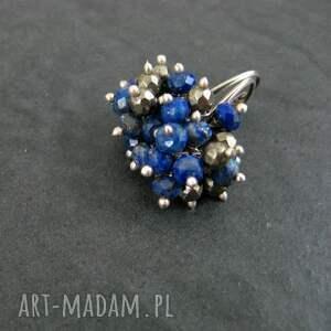niebieskie kolczyki lapis lazuli i piryt