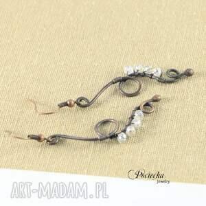 nietypowe kolczyki long -