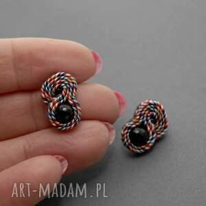 ręcznie zrobione kolczyki sznurek małe sutasz z onyksami
