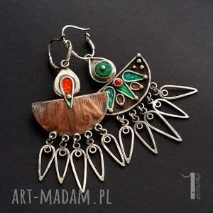atrakcyjne srebro maroko srebrne kolczyki z howlitem