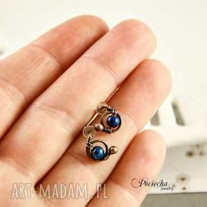 kolczyki wkrętki mini hematyt blue -