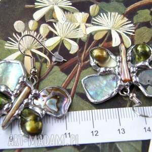 macica perłowa kolczyki: motylki jadeitowe