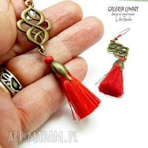 prezent odlotowe kolczyki z czerwonym